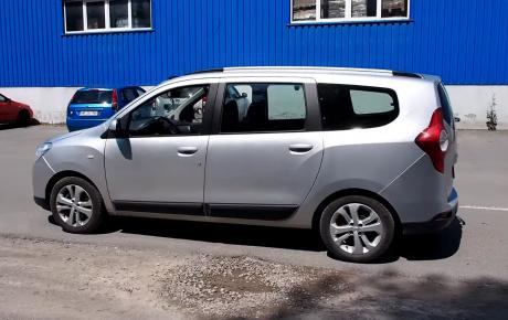 7 személyes Dacia Lodgy – autóteszt és bemutató